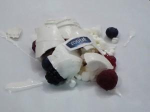 Tarro roto de yogur (comestible), gatzatua y frutos secos