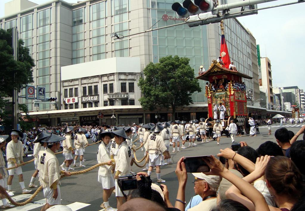 Desfile de carrozas del 17 de julio